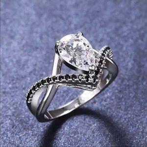 New Women's 925 Silver Sapphire Romantic Ring